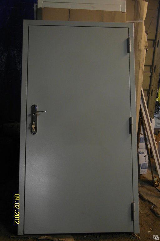 установить металлическую дверь в технические помещения дома недорого